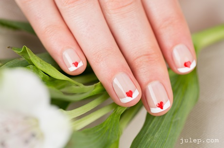 Wedding nail art queen of hearts if youre a fan of elaborate nail art designs then it makes sense to go all out by incorporating some bold shapes and colours into your prinsesfo Choice Image
